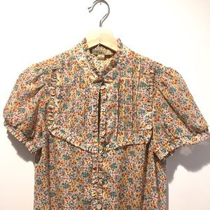 Forever 21 Tops - XX1 Keyhole Ruffle Button Up Floral Short Sleeve